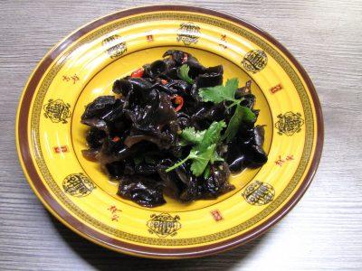 1.香菜木耳