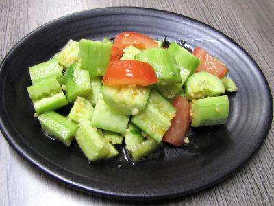 2.拍黄瓜 Smacked cucumber (veg) 6.60 very mild spicy